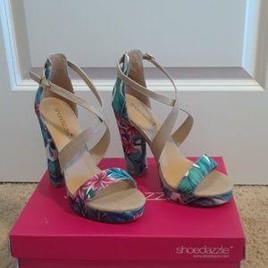 Shoe Dazzle Size 8 Platform Heels TROPICAL